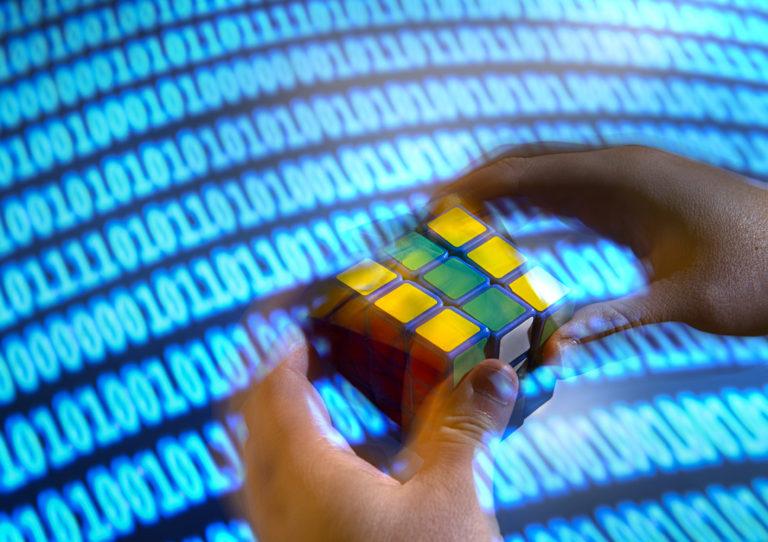 UCI學者開發DeepCubeA的AI解魔方